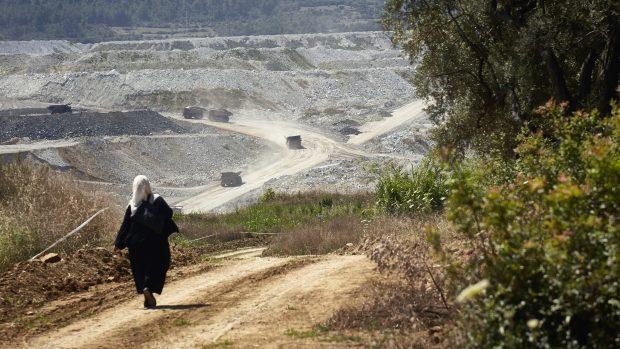 Fosil Yakıt Şirketleri İnsan Haklarını İhlal Ediyor