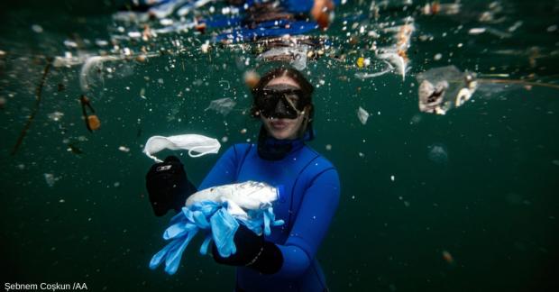 Virüs plastik yüzeylerde daha hızlı yayılıyor